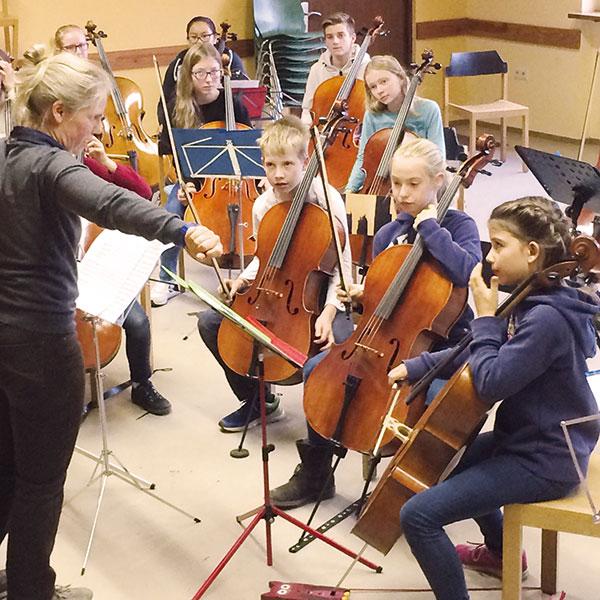 Eva Röntz Cellopädagogik